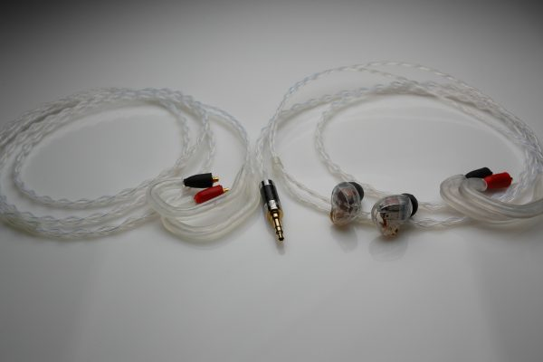 Reference pure Silver Astell&Kern AK A&K T8iE upgrade cable by Lavricables