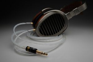 Master pure Silver Sennheiser HD700 upgrade cable by Lavricables