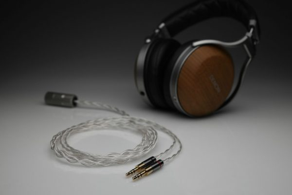 Ultimate pure Silver Denon D9200 D7200 D7100 D600 multistrand litz awg25 headphone upgrade cable by Lavricables