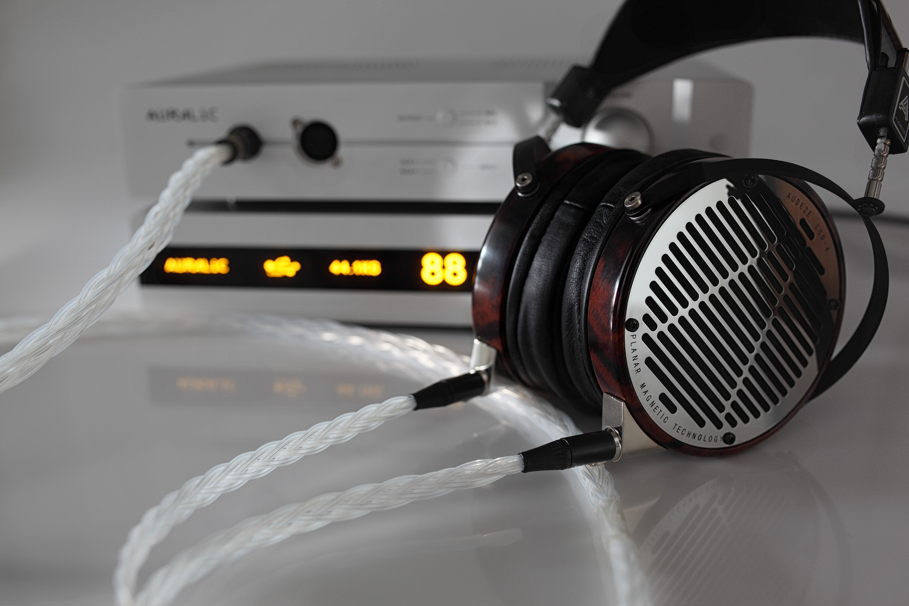 20 core Grand Audeze LCD upgrade cable