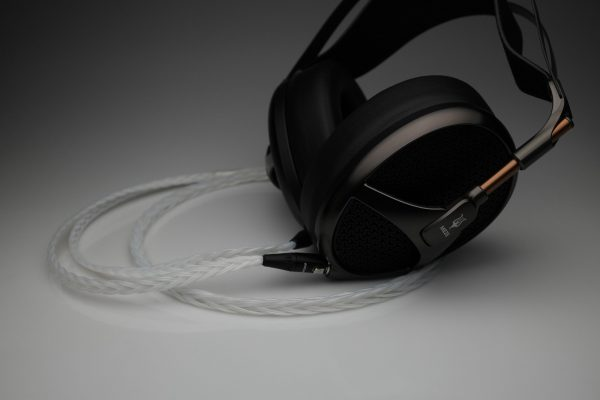 Grand 20 core pure Silver Meze Empyrean headphone upgrade cable by Lavricables