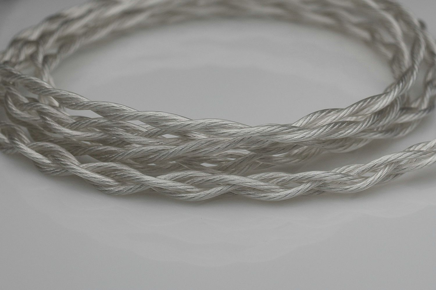 new 6n awg20 pure silver multistrand litz with graphene upgrade cable by Lavricables